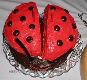 Easy Ladybug Birthday Cake
