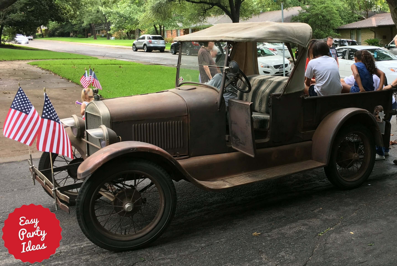 Antique car at 4th of July Parade