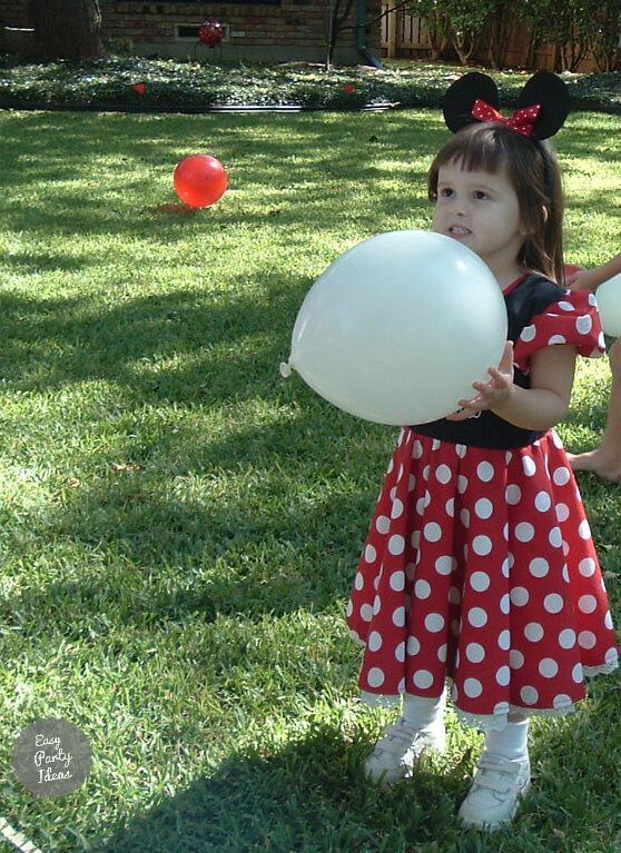 Minnie Mouse Party Balloon Game