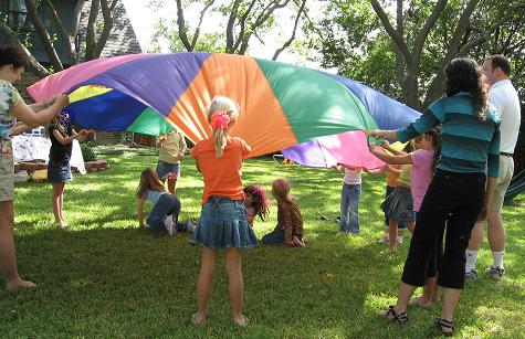 parachute game, kids birthday party, party games, parachute