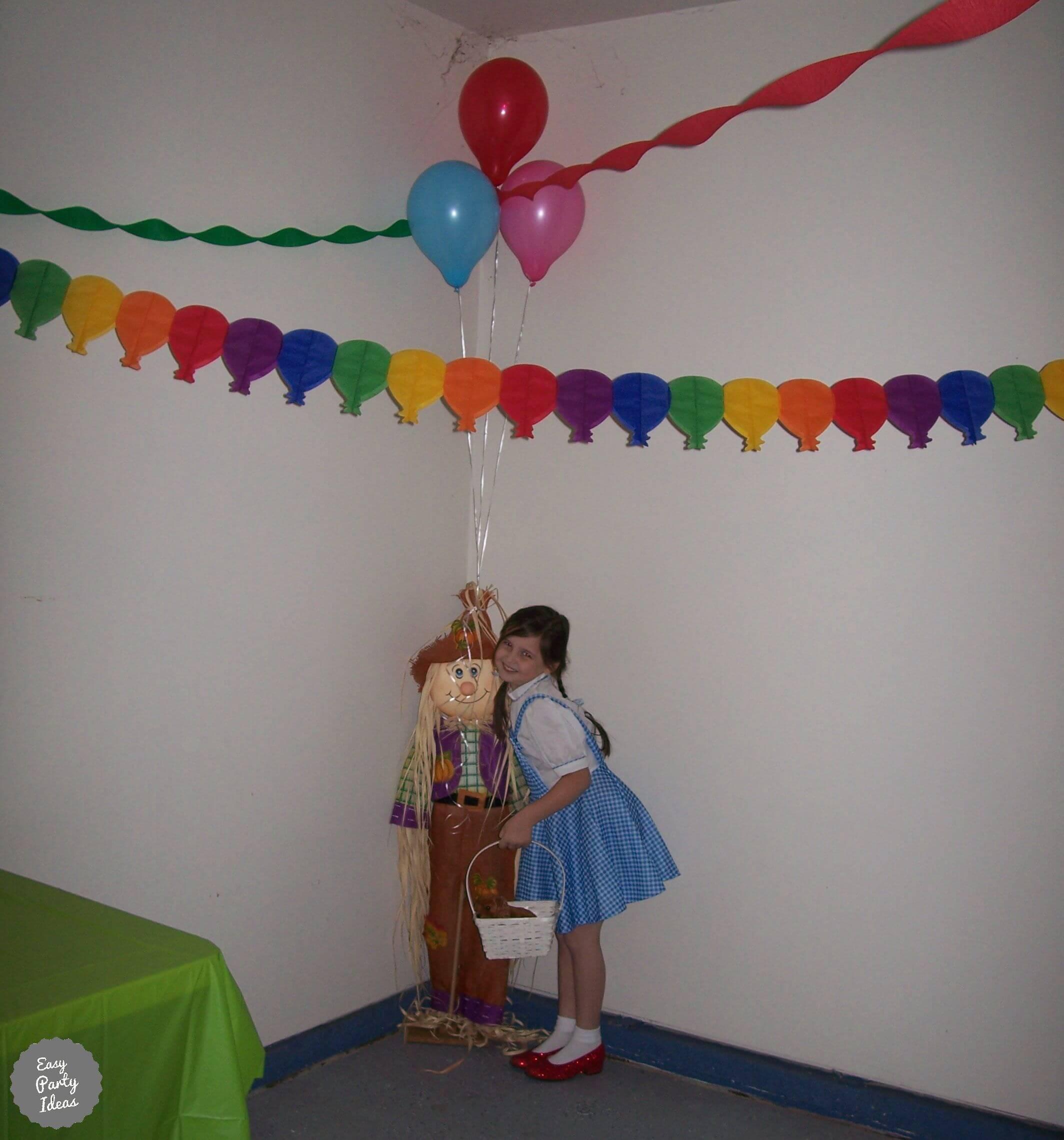 Wizard of Oz Party Photo Idea